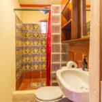 Main bathroom of Gitsa Havansa at Finca Malinche, Nicaragua